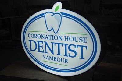 dentist logo sign